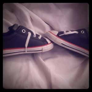 Size 9 All Star Converse sneakers